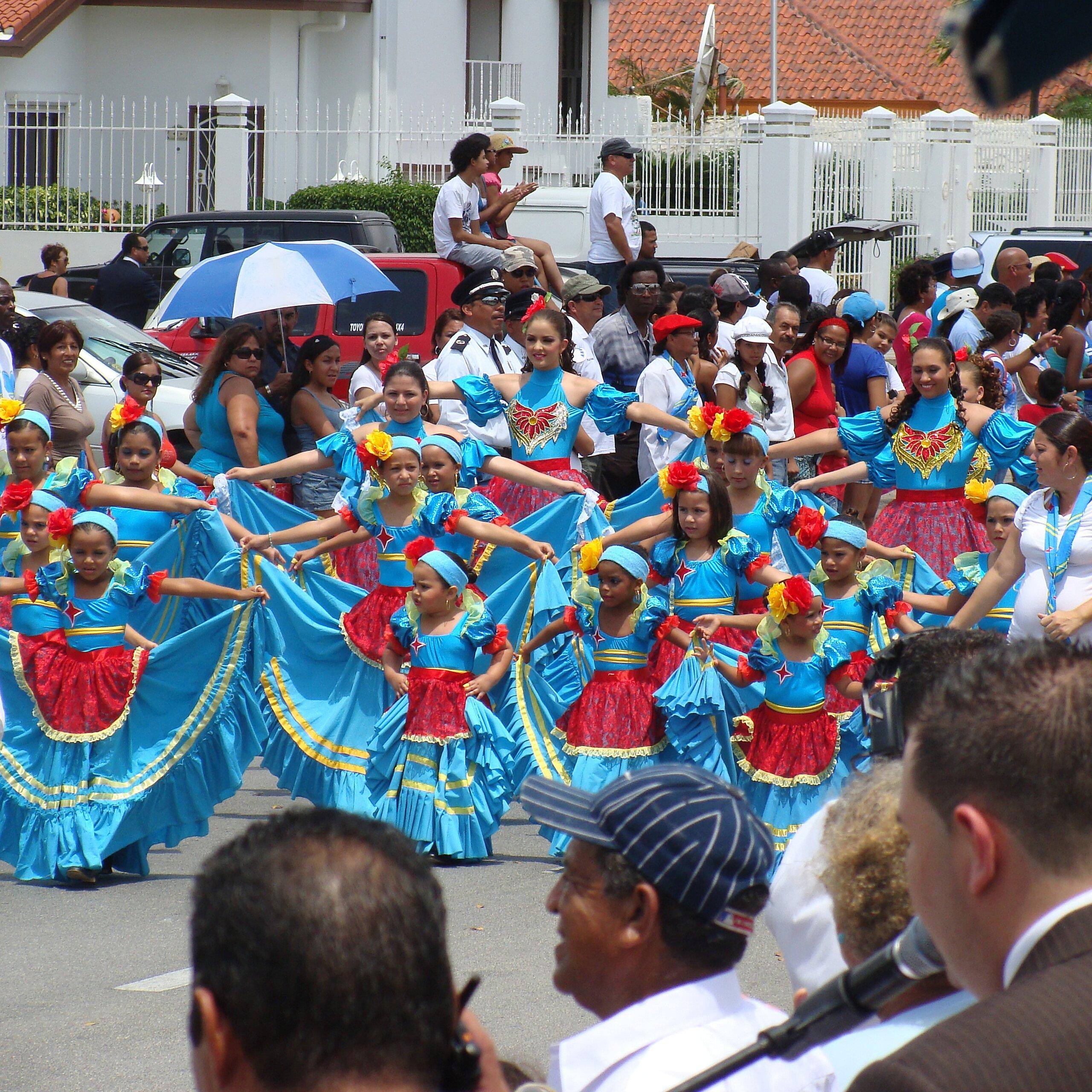 Aruba's Flag - Facts About the Flag of Aruba