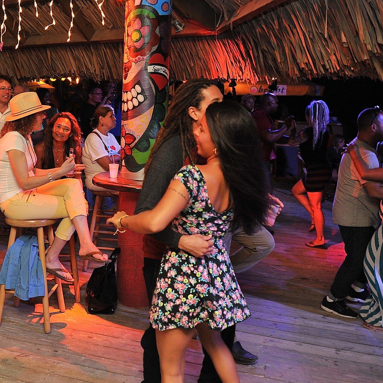 Clubs in Aruba - Best Nightclubs & Dancing in the Caribbean