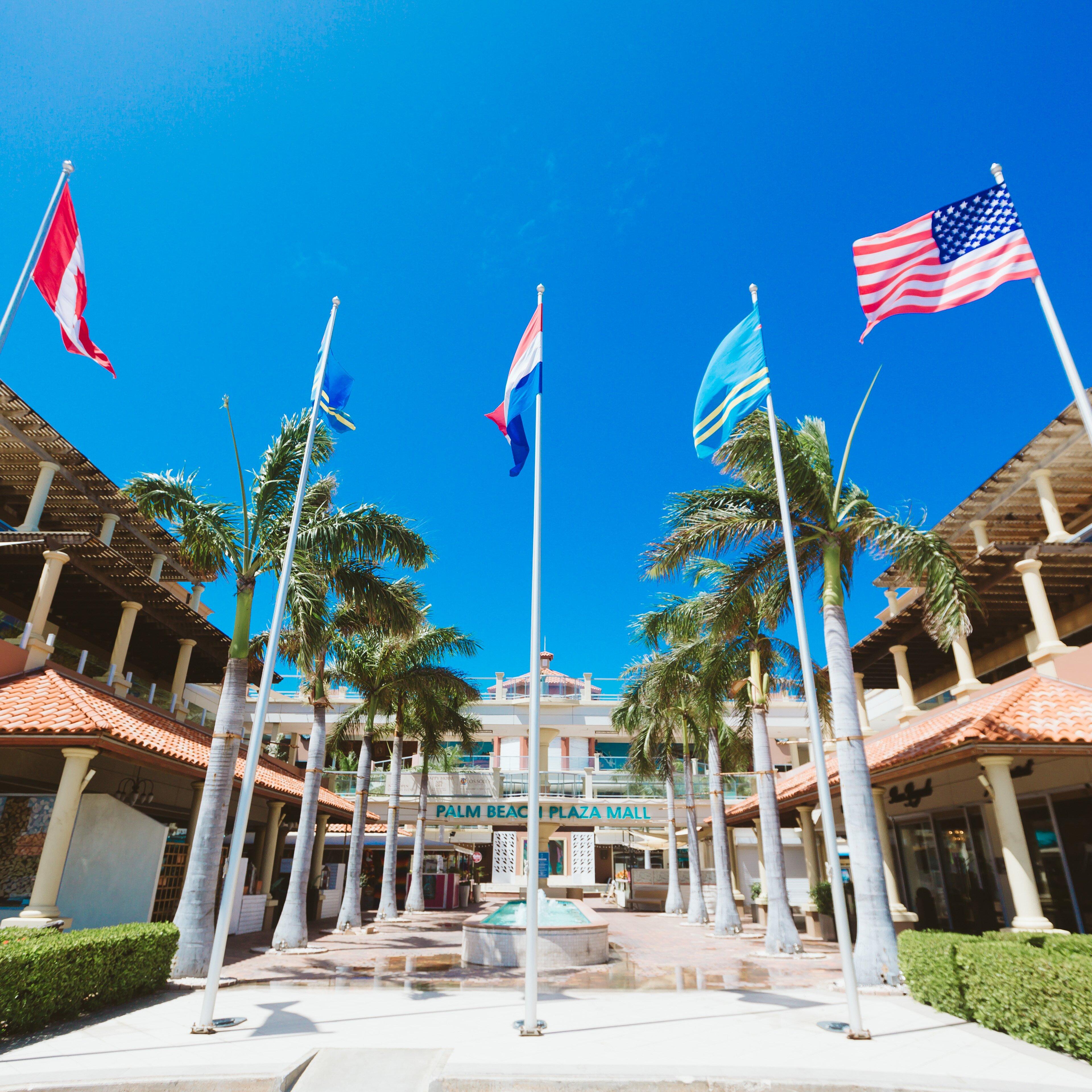 Home Dutch Square Center >> Shopping Malls In Palm Beach Aruba The Palm Beach Plaza Mall