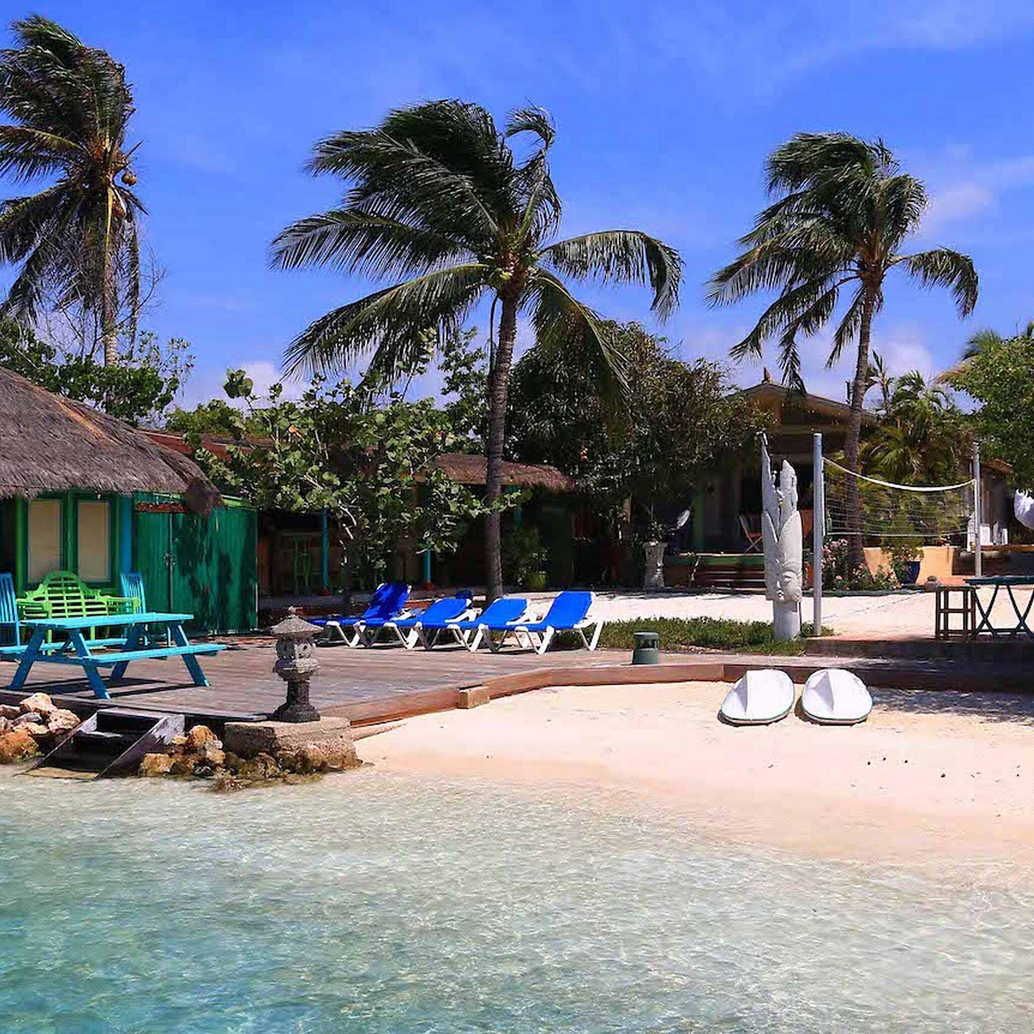 Private Beach Apartments in the Caribbean - Aruba Reef ...