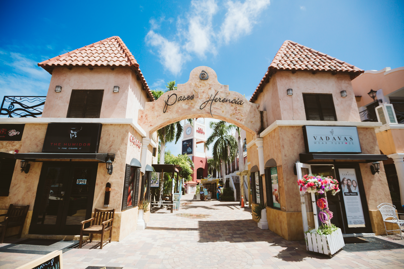 Shopping Malls in Noord, Aruba - Paseo Herencia Mall