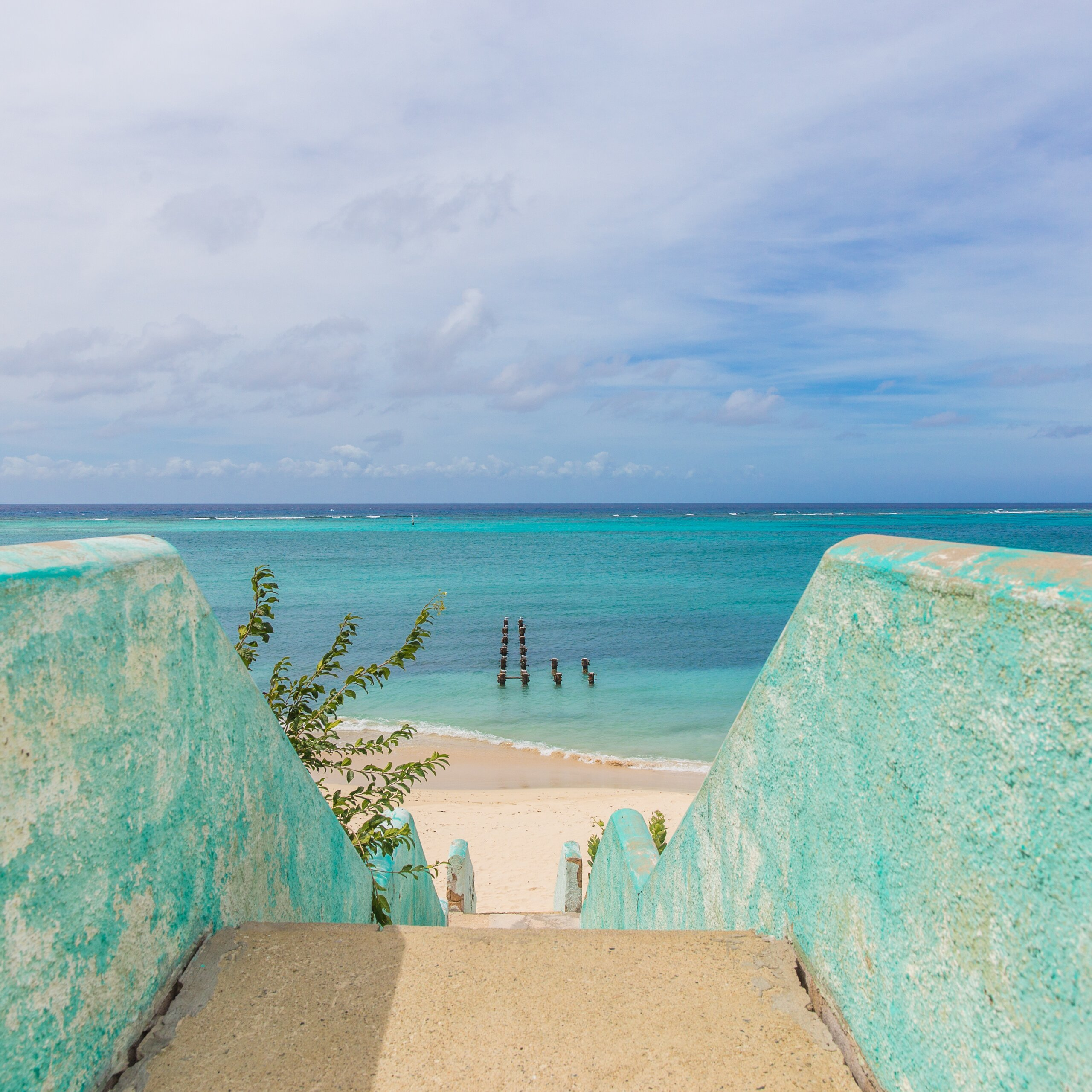 What Day Is The Best To Book An All Inclusive Vacation: Best Locals Beach In Aruba