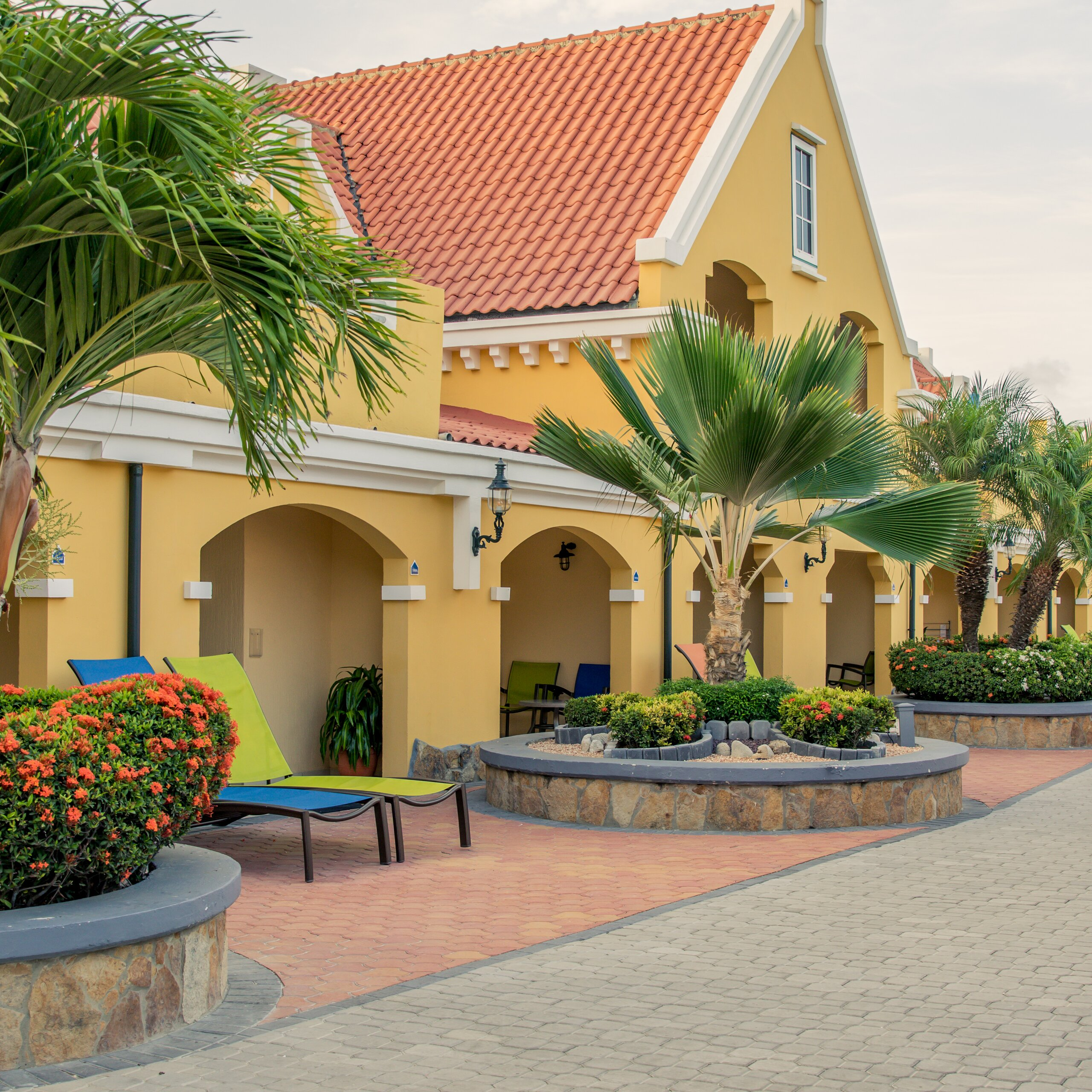 Beachfront Resorts On Eagle Beach In Aruba Amsterdam Manor Resort